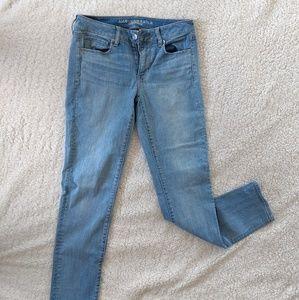 Women's American Eagle Skinny Jeans Size 8